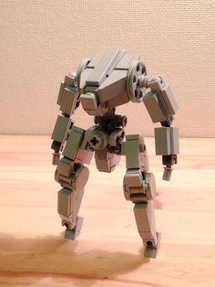 Good feet ideas, also seems to include pieces I actually own :) Lego Bots, Lego Duplo, Lego Mechs, Lego Bionicle, Lego Design, Robot Design, Custom Gundam, Custom Lego, Awesome Lego