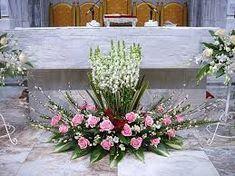 Related image Arrangement Floral Rose, Large Flower Arrangements, Ikebana Flower Arrangement, Church Aisle Decorations, Flower Decorations, Wedding Decorations, Church Wedding Flowers, Altar Flowers, Flower Girl Bouquet