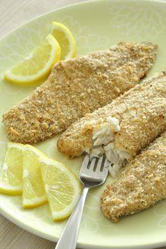 Crispy Parmesan Baked Fish and more healthy baked fish recipes on MyNaturalFamily.com #fish #recipe