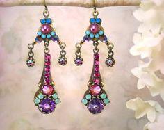 Parvati Micro mosaïque strass boucles d'oreilles violet boucles d'oreilles Chandelier Aqua rose Fuchsia boucles d'oreilles bijoux exotique indien mariage de couleurs vives