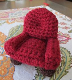 The Easy Chair - Doll House Furniture - Miniatures - Amigurumi - PDF Crochet Pattern