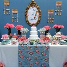#lembrancinhas #festejandocomideias #Chádebencoes #amor #filipeeamanda Baby Shower Decorations, Wedding Decorations, Table Decorations, Cake Table, Dessert Table, Get The Party Started, Candy Buffet, Holidays And Events, Open House