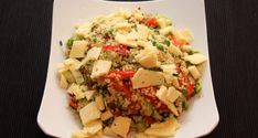 Bulgur Salad with Grapes and Feta Cheese Recipe Feta Cheese Recipes, Garlic Recipes, Salad Recipes, Healthy Recipes, Healthy Food, Bulgur Salad, Couscous Salad, Urdu Recipe