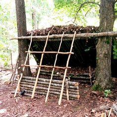 #bushcraft shelter building techniques
