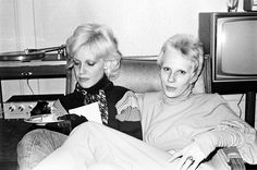 Cyrinda Foxe & Angie Bowie at the Plaza Hotel New York 1972 by Mick Rock