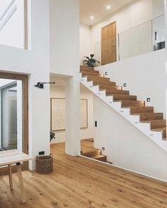Willkommen im Haus 22 🧡 (@house.no22) • Instagram-Fotos und -Videos Stairways, Instagram, Videos, Design, Home Decor, Pictures, Build House, Stairs, Staircases