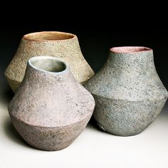 Coiled shapes - stoneware with glaze, underglaze and overglaze color Ceramic Design, Ceramic Decor, Ceramic Elephant, Keramik Vase, Clay Vase, Elephant Figurines, Pottery Vase, Ikebana, Vases Decor