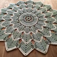 ideas crochet mandala carpet free pattern for 2019 Crochet Flower Squares, Free Crochet Doily Patterns, Crochet Diagram, Crochet Motif, Crochet Doilies, Crochet Flowers, Crochet Stitches, Free Pattern, Mandala Crochet