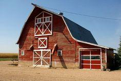Granero tipo americano. Inspiración puertas de granero para interiores