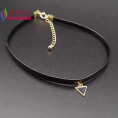 2016 new arrival PU Leather necklace Fashion Simple Black Enamel Triangle  Geometric Women s False collar choker aebc6c7dddba
