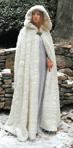 Would love this in any other color but white, maybe dark grey or black... Faux Fur Cape