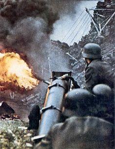 German Flamethrower In Use - German World War 2 Colour Wallpaper German Soldiers Ww2, German Army, Military Photos, Military History, Luftwaffe, Germany Ww2, Foto Real, War Photography, World War Ii