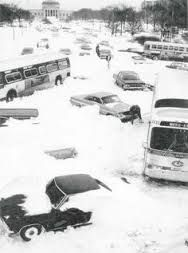 Cars piled up on Lake Shore Drive in Chicago during the blizzard of Zion Illinois, Chicago Illinois, Chicago City, Chicago Area, Chicago Storm, Jorge Guzman, Black Art, Detroit, Chicago Pictures