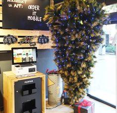 Christmas Tree, Holiday Decor, Home Decor, Doors, Creativity, Homemade Home Decor, Xmas Tree, Xmas Trees, Decoration Home