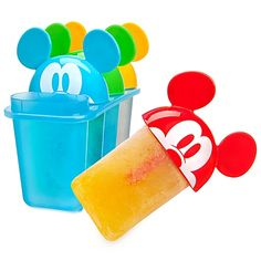 Talk about summer fun, these Mickey Mouse popsicle molds are available at Disney. Just pour in your favorite juice and freeze, one color for every member of the family. Mickey Mouse Bedroom, Mickey Mouse Kitchen, Mickey Mouse Cartoon, Disney Kitchen, Happy Summer, Summer Fun, Popsicle Molds, Popsicle Recipes, Character Home