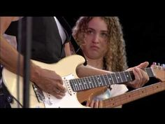 Jeff Beck bass player Tal Wilkenfeld, wow! Jeff Beck  -  Behind The Veil... Viewed & Re-pinned by: DBM (http://www.profitclicking.com/?r=violapc)
