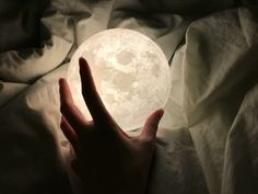 Buy Luna moon lamp at best prices. Each moon globe lamp has gone through a rigorous hour printing process using state-of-the-art technology. Best Friend Gifts, Gifts For Friends, Best Gifts, 3d Printing Technology, Art And Technology, Moon Globe, Luna Moon, Globe Lamps, Nightstand Lamp