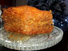 Υπέροχος μπακλαβάς με πολύ ωραίο φύλλο και γευστικότατος Sweets Recipes, Lasagna, Cake, Ethnic Recipes, Food, Kuchen, Essen, Meals, Torte