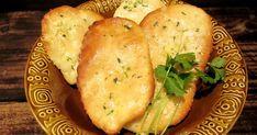 Intialaisesta keittiöstä tuttu naanleipä onnistuu varsin hyvin myös gluteenittomasti. Voitele uunista otetut leivät valkosipullilla maust...
