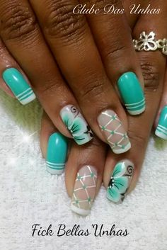Desenhos nas Unhas Teal Nails, Fancy Nails, Bling Nails, Trendy Nails, Cute Nails, Vintage Nails, Nails Only, Diy Nail Designs, Pretty Nail Art
