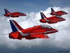 The Red Arrows - UK Royal Air Force Aerobatic Team | Click here for our Red Arrows page!