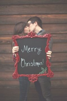 Christmas card photo idea. I want to do a shoot like this! Any takers? ;)