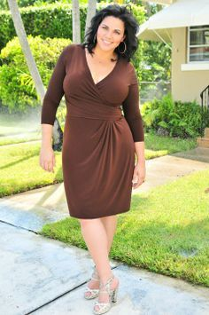 Plus Size Model Nadia Cohen | Plus Size Models (Modelos de Tallas Grandes)