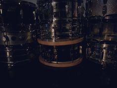 Dark power! #seminariodedrumdoctor  Hoy grabando en estudio el Attic el nuevo disco de Folie. Cinta abierta !! Con producción de @alejandro fenandez alvez.  @patoclaypole @jonnydrumboy #drumdoctor #stc #seminariodedrumdoctor  #zildjiancymbals #remodrumheads #ringnomore #rec #drumporn by sebastiantanocavalletti