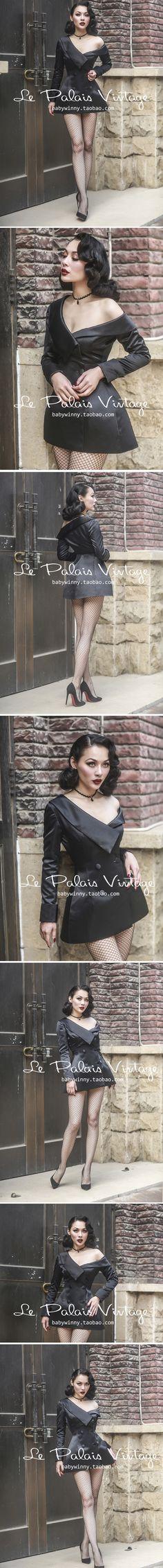 Has potential as a burlesque outfit. Sexy Outfits, Pretty Outfits, Pretty Clothes, La Palais Vintage, Vintage Outfits, Vintage Fashion, In Pantyhose, Nylons, Le Palais