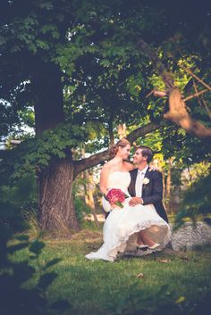 Wedding portrait in the park. Helsinki, Finland.  www.valokuvausoxa.com