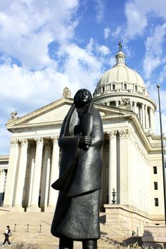 """Allan Houser's statue of a Chiricahua Apache, """"As Long as the Waters Flow,"""" State Capitol, Oklahoma City"""