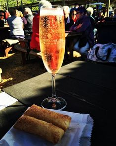 Wildekrans champagne and melktert springrolls at the Hermanus farmers market, what more can a girl ask for! Melktert, Girls Ask, Sparkling Wine, Farmers Market, Stuff To Do, Alcoholic Drinks, Champagne, Marketing, Canning