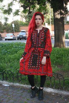red balochi dress by Elizabeth the First Tribal Couture  #bohofashion#bohostyle#bohemian#tribalfashion#ibizastyle#redhair#red#reddress#redcaftan