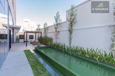 Apartamento localizado no bairro Batel, Curitiba. Referência AP0302
