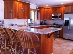 A warm and beautiful Martha's Vineyard kitchen