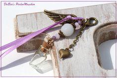 Glücksketten & -anhänger - Anhänger für Erinnerungen und Andenken, weiß lila - ein Designerstück von DaBeaS-Perlenmaschen bei DaWanda
