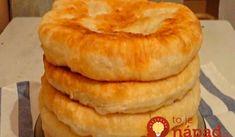 S týmto receptom zabudnete, že treba kúpiť chlieb či rožky v obchode: Mäkučké kefírové placky – rýchle, chutné, úžasné! Kefir, Pineapple, Pizza, Baking, Breakfast, Desserts, Recipes, Ukraine, Party