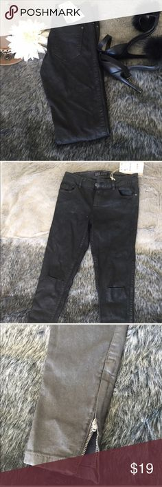Zara Coated Denim Coated denim  pants in brand new condition! Take your wardrobe up a notch with these perfect fitting 5 pocket waxy coated jeans. Color is a faded black for the perfect vintage look. Slits at knees. Zara Jeans Skinny