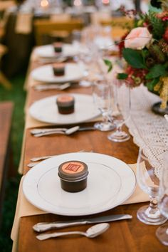 jam favors at each place setting | Jen Fariello #wedding