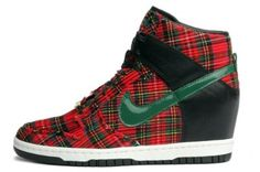 07daeb4a043c Amazon.com  Nike Womens Sky Hi City Fw Qs Black Gorge Green (London) 598216 -001