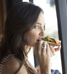 Can't stop, won't stop eating? Whether it's boredom or cravings, here's how to stop yourself from eating all the time.  Rapid weight loss! The newest method in 2016! Absolutely safe and easy! #diet #weightlosemotivation #weightlosefruit #weightlosemealplan