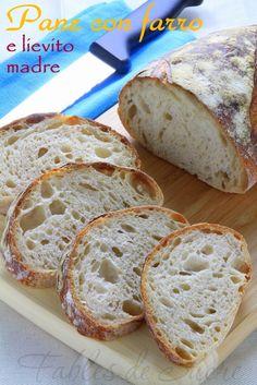 Pane con farro e lievito madre, un modo semplice e comodo per sfornare un buon pane a lievitazione naturale e dal sapore unico e inconfondibile. Provatelo! Bread Recipes, Real Food Recipes, Yummy Food, Pan Bread, Bread Baking, Focaccia Pizza, Peasant Bread, Salty Cake, How To Make Bread