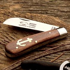 Anchor knife