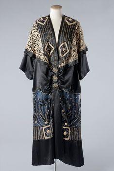 Opera coat, attributed to Paul Poiret, c.1912.
