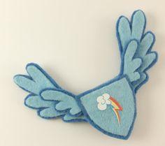 RAINBOW DASH-inspired Pegasus Pin - for MLP : FiM fans