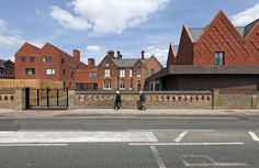 Gallery of Brentwood School Study Centre and Auditorium / Cottrell & Vermeulen Architecture - 15