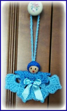 Angel crochet application for bow