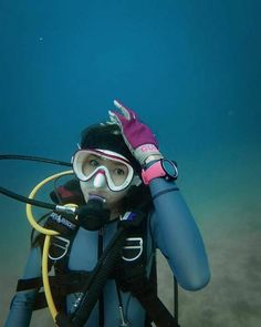Underwater Pictures, Snorkel Mask, Scuba Girl, Womens Wetsuit, Sport Girl, Snorkeling, Scuba Diving, Surfing, Swimming