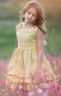 Persnickety_adeline_dress_yellow_daffodils_and_dandelions