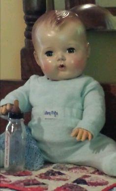"Vintage 11"" American character early TINY TEARS doll & NITEY NITE pjs WONDERFUL Victorian Dolls, Vintage Dolls, Doll Toys, Baby Dolls, Tiny Tears Doll, Effanbee Dolls, Vinyl Dolls, Madame Alexander Dolls, Old Dolls"